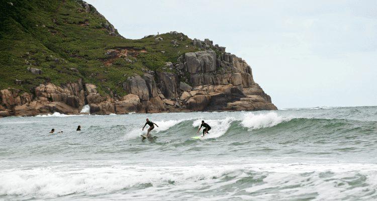 surfing right of way - adventurehacks - epic outdoor adventure
